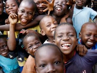2012-KellyS_GhanaKids